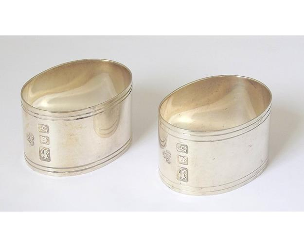 Silver Pair of Oval Napkin Rings by Wakely & Wheeler.