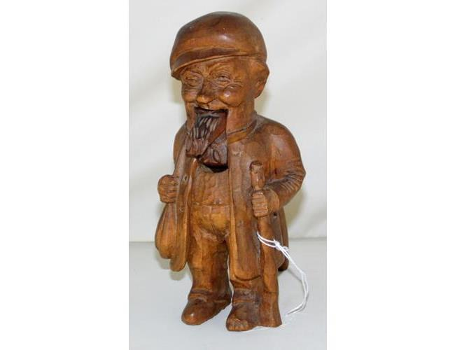 Swiss Brienz 'Willi Huggler' Black Forest  Hand Carved  'Old Man' Nut Crackers. 20thc.