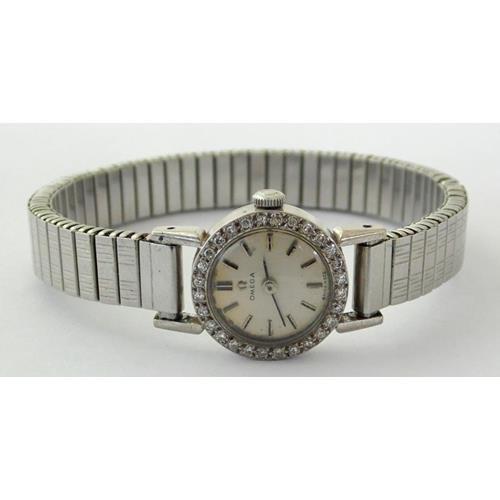 Vintage Omega Ladies 18ct White Gold & 28  Diamonds Bezel Cocktail Watch
