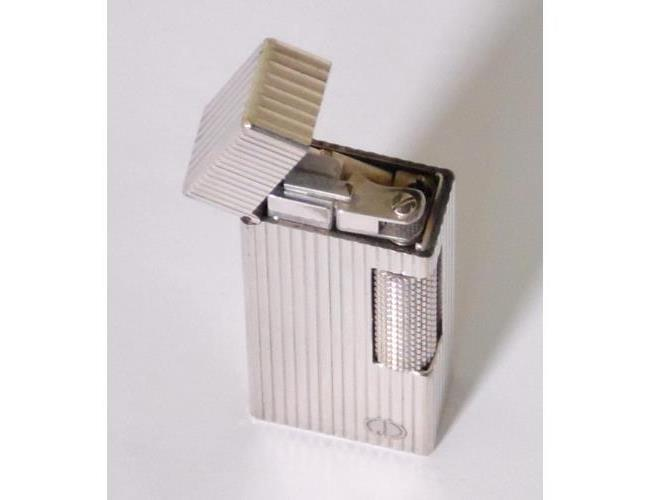 Alfred Dunhill Swiss Rollagas Pinstripe  Lighter Silver Plated.No.17564.