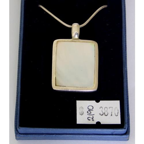 Sterling Silver Mounted Mother of Pearl  Pendant Necklace.