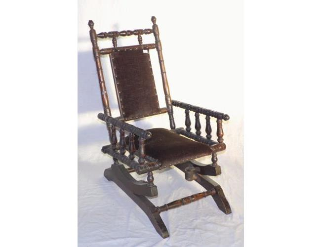 Antique Childs Victorian 'American Rocker'  Rocking Chair. 19thc.