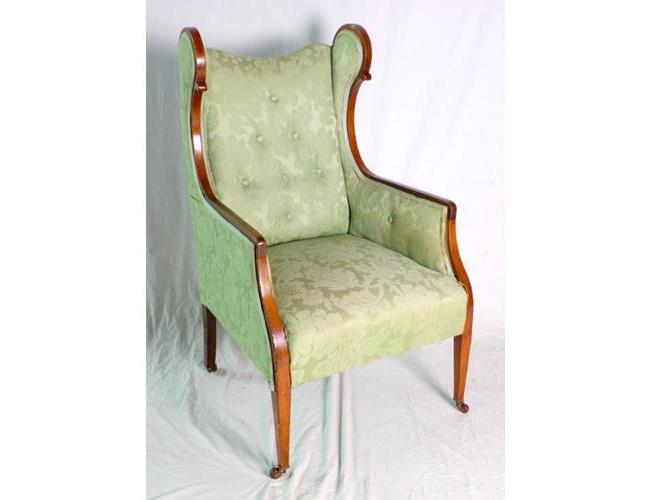 Fine Victorian Button Back Mahogany Wing  Armchair. Late 19thc.